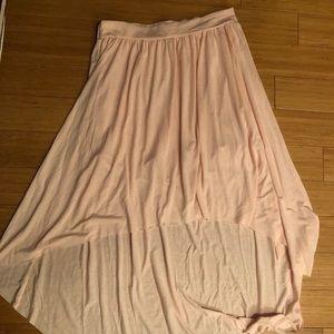 American Eagle pink flowy skirt